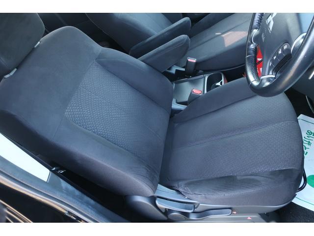 D パワーパッケージ 4WD アルパイン9インチSDナビ 10インチフリップダウンリアモニター フルセグ バックカメラ ETC 新品16インチAW 新品M/Tタイヤ 両側電動スライドドア  シートヒーター  スマートキー(11枚目)