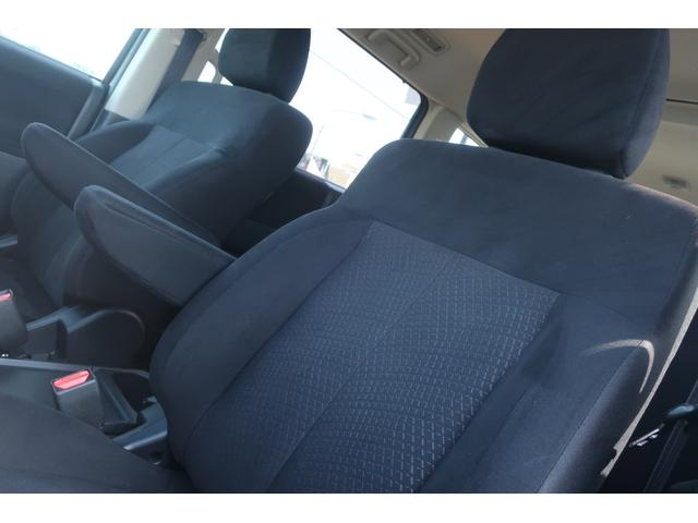 D パワーパッケージ 4WD アルパイン9インチSDナビ 10インチフリップダウンリアモニター フルセグ バックカメラ ETC 新品16インチAW 新品M/Tタイヤ 両側電動スライドドア  シートヒーター  スマートキー(16枚目)