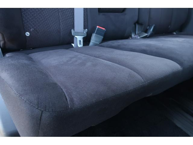D パワーパッケージ 4WD アルパイン9インチSDナビ 10インチフリップダウンリアモニター フルセグ バックカメラ ETC 新品16インチAW 新品M/Tタイヤ 両側電動スライドドア  シートヒーター  スマートキー(18枚目)