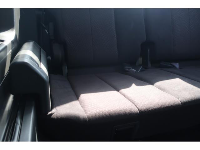 D パワーパッケージ 4WD アルパイン9インチSDナビ 10インチフリップダウンリアモニター フルセグ バックカメラ ETC 新品16インチAW 新品M/Tタイヤ 両側電動スライドドア  シートヒーター  スマートキー(26枚目)