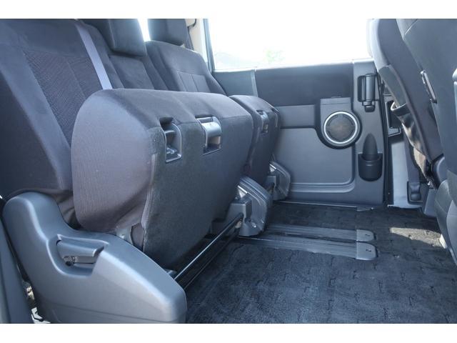 D パワーパッケージ 4WD アルパイン9インチSDナビ 10インチフリップダウンリアモニター フルセグ バックカメラ ETC 新品16インチAW 新品M/Tタイヤ 両側電動スライドドア  シートヒーター  スマートキー(32枚目)