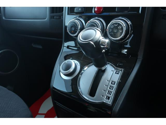 D パワーパッケージ 4WD アルパイン9インチSDナビ 10インチフリップダウンリアモニター フルセグ バックカメラ ETC 新品16インチAW 新品M/Tタイヤ 両側電動スライドドア  シートヒーター  スマートキー(44枚目)