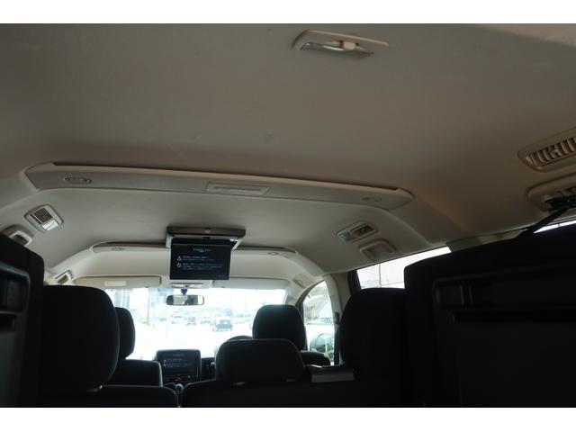 D パワーパッケージ 4WD アルパイン9インチSDナビ 10インチフリップダウンリアモニター フルセグ バックカメラ ETC 新品16インチAW 新品M/Tタイヤ 両側電動スライドドア  シートヒーター  スマートキー(67枚目)