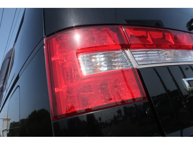 D パワーパッケージ 4WD アルパイン9インチSDナビ 10インチフリップダウンリアモニター フルセグ バックカメラ ETC 新品16インチAW 新品M/Tタイヤ 両側電動スライドドア  シートヒーター  スマートキー(76枚目)