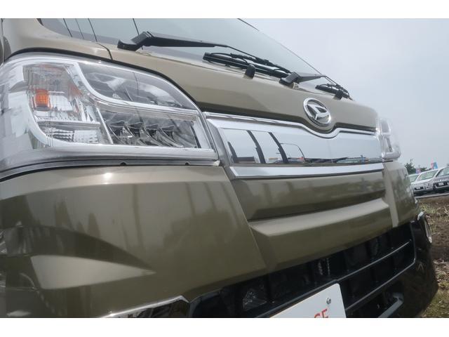 エクストラ 4WD LEDヘッドライト 新品14インチアルミホイール 新品オープンカントリーR/T パワステ エアコン エアバッグ パワーウィンドウ キーレスエントリー 荷台作業灯 純正CDオーディオ(7枚目)