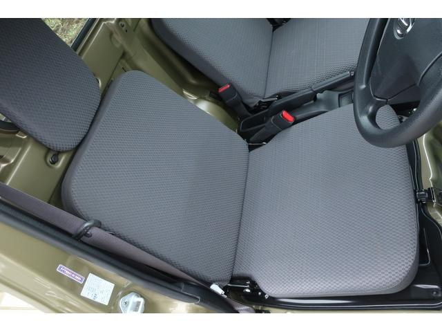 エクストラ 4WD LEDヘッドライト 新品14インチアルミホイール 新品オープンカントリーR/T パワステ エアコン エアバッグ パワーウィンドウ キーレスエントリー 荷台作業灯 純正CDオーディオ(11枚目)