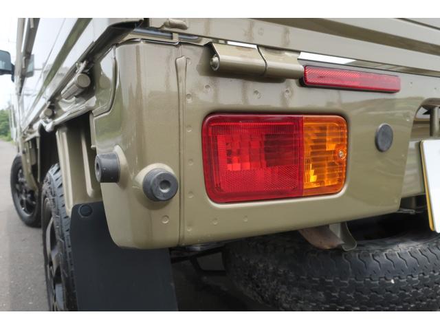 エクストラ 4WD LEDヘッドライト 新品14インチアルミホイール 新品オープンカントリーR/T パワステ エアコン エアバッグ パワーウィンドウ キーレスエントリー 荷台作業灯 純正CDオーディオ(56枚目)