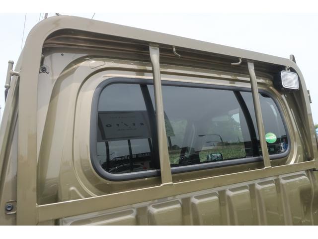 エクストラ 4WD LEDヘッドライト 新品14インチアルミホイール 新品オープンカントリーR/T パワステ エアコン エアバッグ パワーウィンドウ キーレスエントリー 荷台作業灯 純正CDオーディオ(68枚目)