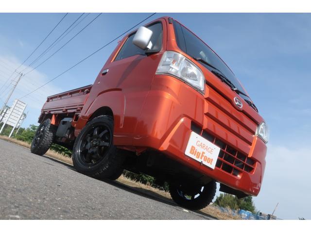 スタンダード 4WD 4速AT 新品14インチAW 新品タイヤトーヨーオープンカントリー 純正CDオーディオ AUX 荷台マット新品 アオリガード新品 ETC パワステ エアコン  運転席エアバッグ(5枚目)