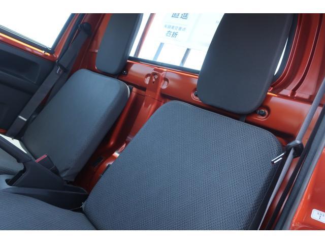 スタンダード 4WD 4速AT 新品14インチAW 新品タイヤトーヨーオープンカントリー 純正CDオーディオ AUX 荷台マット新品 アオリガード新品 ETC パワステ エアコン  運転席エアバッグ(18枚目)