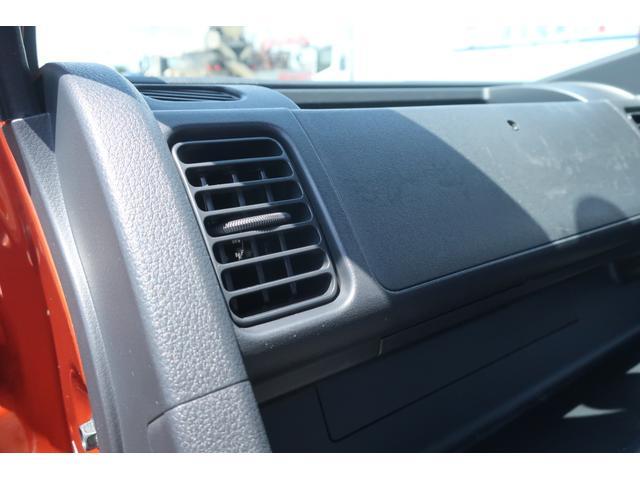 スタンダード 4WD 4速AT 新品14インチAW 新品タイヤトーヨーオープンカントリー 純正CDオーディオ AUX 荷台マット新品 アオリガード新品 ETC パワステ エアコン  運転席エアバッグ(21枚目)