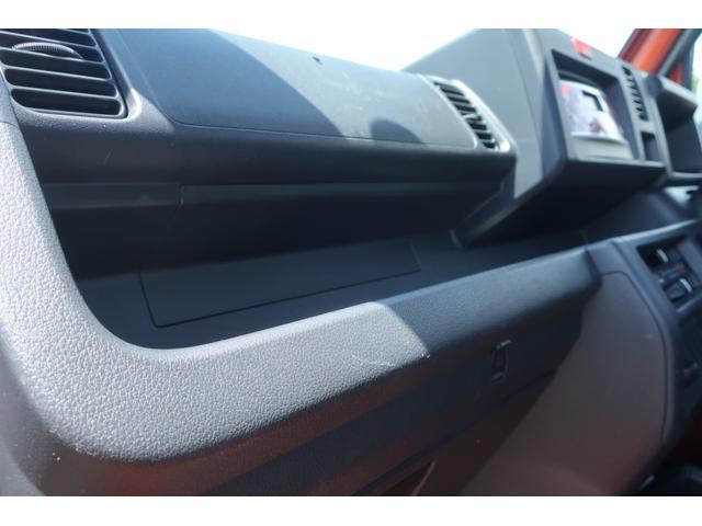 スタンダード 4WD 4速AT 新品14インチAW 新品タイヤトーヨーオープンカントリー 純正CDオーディオ AUX 荷台マット新品 アオリガード新品 ETC パワステ エアコン  運転席エアバッグ(25枚目)