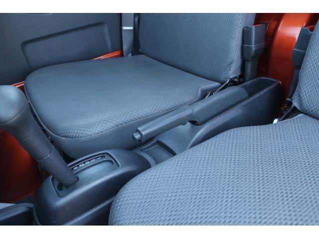 スタンダード 4WD 4速AT 新品14インチAW 新品タイヤトーヨーオープンカントリー 純正CDオーディオ AUX 荷台マット新品 アオリガード新品 ETC パワステ エアコン  運転席エアバッグ(29枚目)