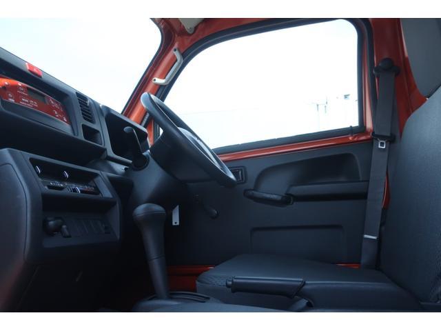スタンダード 4WD 4速AT 新品14インチAW 新品タイヤトーヨーオープンカントリー 純正CDオーディオ AUX 荷台マット新品 アオリガード新品 ETC パワステ エアコン  運転席エアバッグ(30枚目)