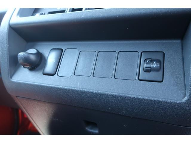 スタンダード 4WD 4速AT 新品14インチAW 新品タイヤトーヨーオープンカントリー 純正CDオーディオ AUX 荷台マット新品 アオリガード新品 ETC パワステ エアコン  運転席エアバッグ(34枚目)