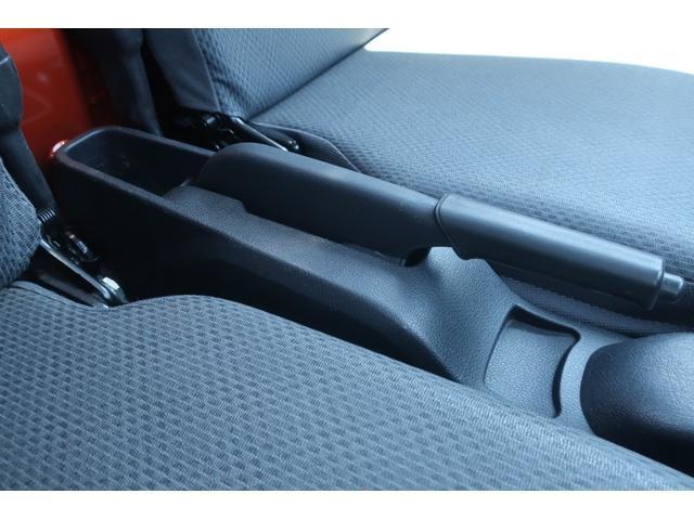 スタンダード 4WD 4速AT 新品14インチAW 新品タイヤトーヨーオープンカントリー 純正CDオーディオ AUX 荷台マット新品 アオリガード新品 ETC パワステ エアコン  運転席エアバッグ(37枚目)
