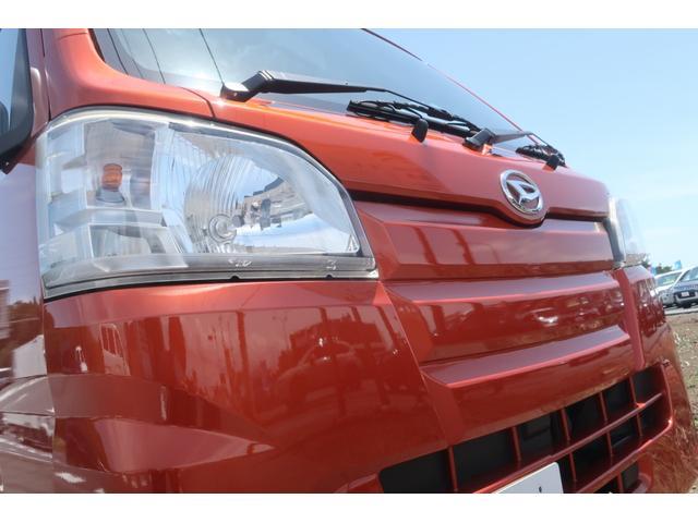 スタンダード 4WD 4速AT 新品14インチAW 新品タイヤトーヨーオープンカントリー 純正CDオーディオ AUX 荷台マット新品 アオリガード新品 ETC パワステ エアコン  運転席エアバッグ(50枚目)