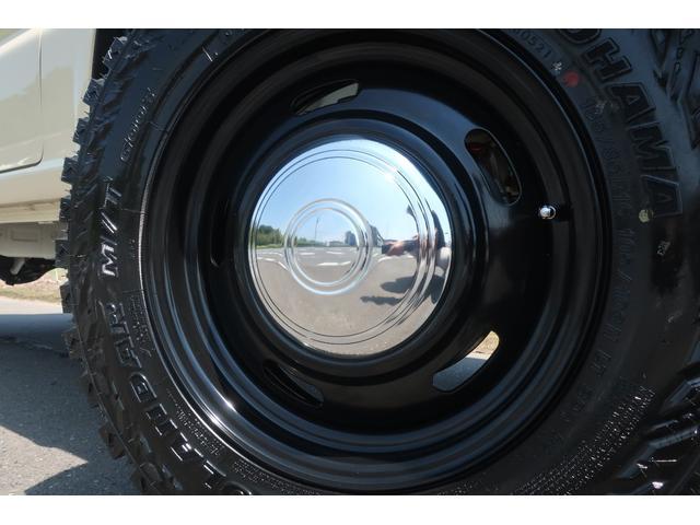 XL 4WD リフトアップ 新品16インチホイール 新品ジオランダーMTタイヤ レーンアシスト 衝突被害軽減ブレーキ ダウンヒルアシスト カロッツェリアSDナビ 地デジ バックカメラ  シートヒーター(8枚目)
