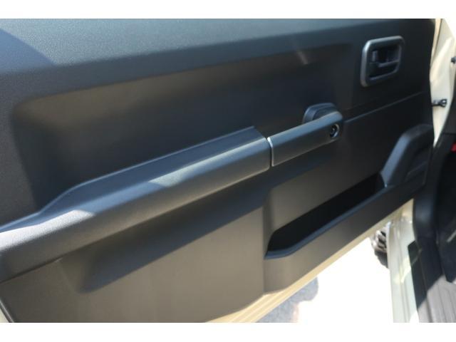 XL 4WD リフトアップ 新品16インチホイール 新品ジオランダーMTタイヤ レーンアシスト 衝突被害軽減ブレーキ ダウンヒルアシスト カロッツェリアSDナビ 地デジ バックカメラ  シートヒーター(43枚目)