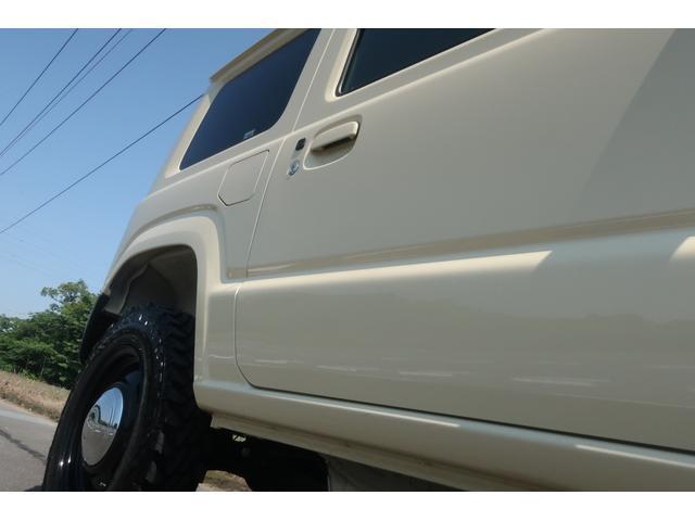 XL 4WD リフトアップ 新品16インチホイール 新品ジオランダーMTタイヤ レーンアシスト 衝突被害軽減ブレーキ ダウンヒルアシスト カロッツェリアSDナビ 地デジ バックカメラ  シートヒーター(58枚目)