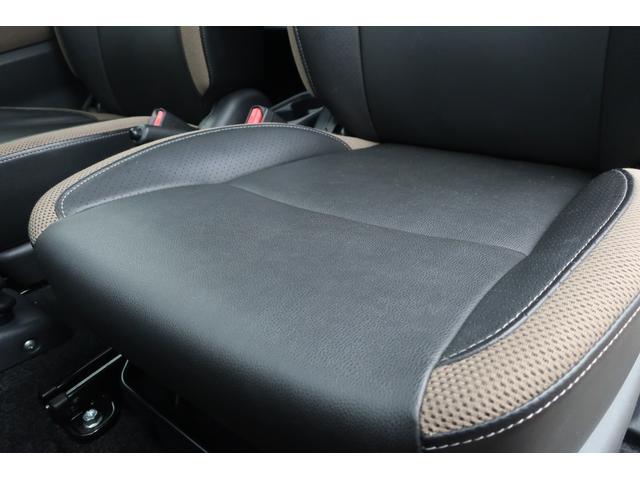 ランドベンチャー 10型 5速マニュアル リフトアップ 新品ジオランダーM/Tタイヤ MBRO製LEDテールランプ 社外マフラー クラリオンSDナビ 地デジ Bluetooth  ETC 黒合皮シート シートヒーター(16枚目)