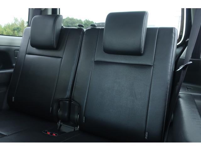 ランドベンチャー 10型 5速マニュアル リフトアップ 新品ジオランダーM/Tタイヤ MBRO製LEDテールランプ 社外マフラー クラリオンSDナビ 地デジ Bluetooth  ETC 黒合皮シート シートヒーター(23枚目)