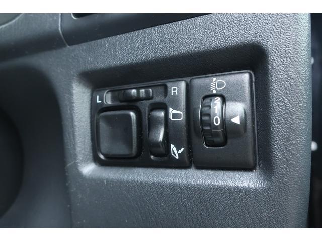 ランドベンチャー 10型 5速マニュアル リフトアップ 新品ジオランダーM/Tタイヤ MBRO製LEDテールランプ 社外マフラー クラリオンSDナビ 地デジ Bluetooth  ETC 黒合皮シート シートヒーター(50枚目)
