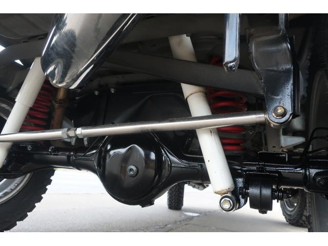 ランドベンチャー 10型 5速マニュアル リフトアップ 新品ジオランダーM/Tタイヤ MBRO製LEDテールランプ 社外マフラー クラリオンSDナビ 地デジ Bluetooth  ETC 黒合皮シート シートヒーター(77枚目)