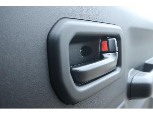 XL 4WD ディスプレイオーディオ JAOSリフトアップキット JAOSショック RAYS16インチアルミ オープンカントリーR/Tタイヤ ジーアイギアルーフラック ジーアイギアリアラダー シートカバー(10枚目)