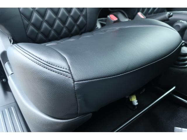 XL 4WD ディスプレイオーディオ JAOSリフトアップキット JAOSショック RAYS16インチアルミ オープンカントリーR/Tタイヤ ジーアイギアルーフラック ジーアイギアリアラダー シートカバー(13枚目)