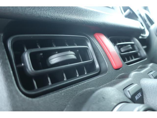 XL 4WD ディスプレイオーディオ JAOSリフトアップキット JAOSショック RAYS16インチアルミ オープンカントリーR/Tタイヤ ジーアイギアルーフラック ジーアイギアリアラダー シートカバー(49枚目)