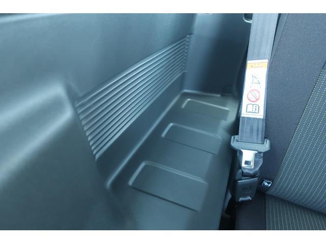 XL 4WD リフトアップ XC用16インチAW 社外フロントグリル 新品ジオランダー スズキセーフティーサポート シートヒーター オーディオレス ダウンヒルアシスト(22枚目)