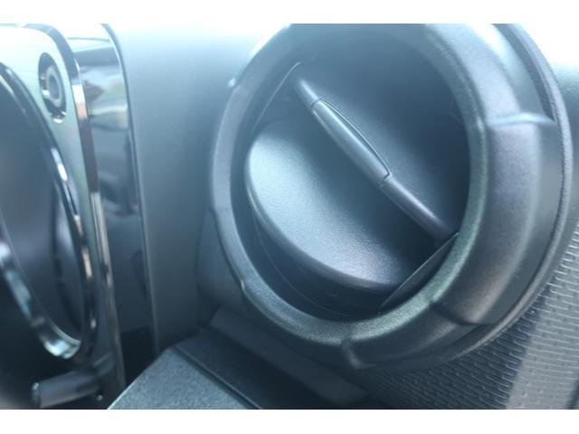 XL 4WD リフトアップ XC用16インチAW 社外フロントグリル 新品ジオランダー スズキセーフティーサポート シートヒーター オーディオレス ダウンヒルアシスト(25枚目)