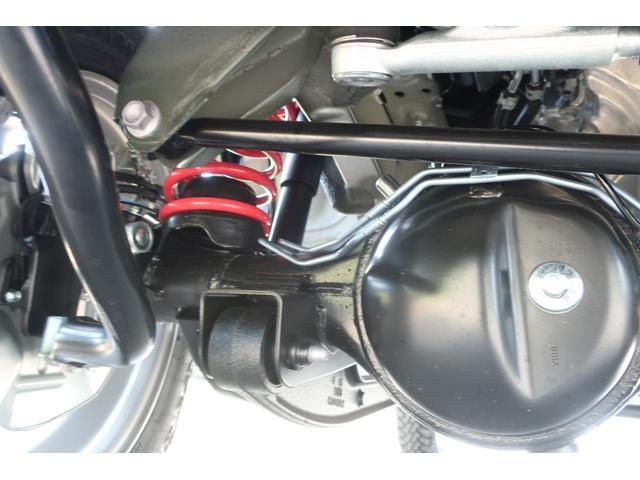 XL 4WD リフトアップ XC用16インチAW 社外フロントグリル 新品ジオランダー スズキセーフティーサポート シートヒーター オーディオレス ダウンヒルアシスト(73枚目)