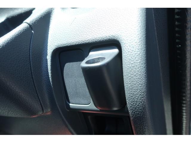 スペシャルクリーン パートタイム4WD 全塗装 社外14インチアルミ NANKANG M/Tタイヤ パワステ エアコン エアバッグ 集中ドアロック ドアバイザー ヘッドライトレベライザー 消火器 純正タイヤ4本付(18枚目)