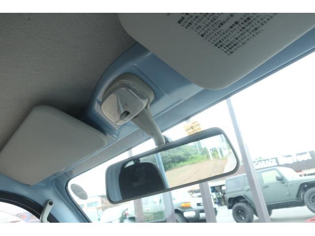 スタンダード 4WD あおりガード 荷台マット TOYOオープンカントリーRTタイヤ エアコン パワステ 三方開き純正フロアマット ドアバイザー(40枚目)