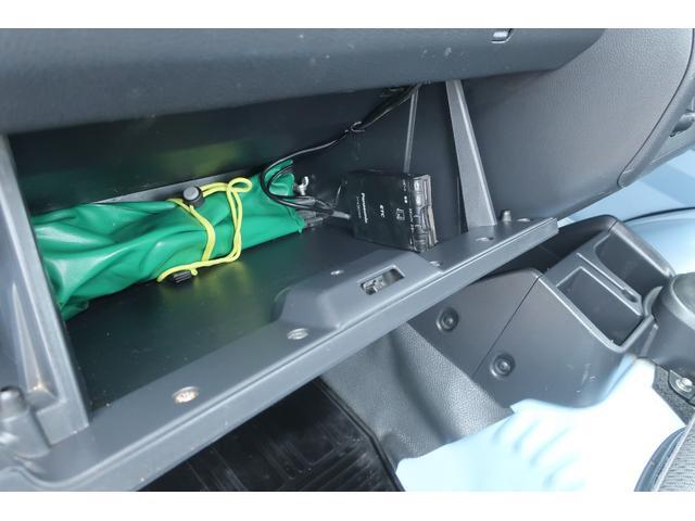 スタンダード 4WD あおりガード 荷台マット TOYOオープンカントリーRTタイヤ エアコン パワステ 三方開き純正フロアマット ドアバイザー(46枚目)