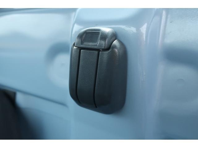スタンダード 4WD あおりガード 荷台マット TOYOオープンカントリーRTタイヤ エアコン パワステ 三方開き純正フロアマット ドアバイザー(49枚目)