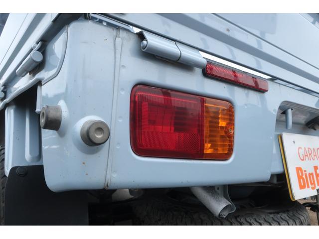 スタンダード 4WD あおりガード 荷台マット TOYOオープンカントリーRTタイヤ エアコン パワステ 三方開き純正フロアマット ドアバイザー(58枚目)