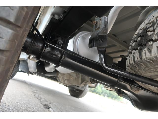 スタンダード 4WD あおりガード 荷台マット TOYOオープンカントリーRTタイヤ エアコン パワステ 三方開き純正フロアマット ドアバイザー(73枚目)