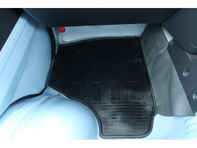 スタンダード 4WD あおりガード 荷台マット TOYOオープンカントリーRTタイヤ エアコン パワステ 三方開き純正フロアマット ドアバイザー(79枚目)