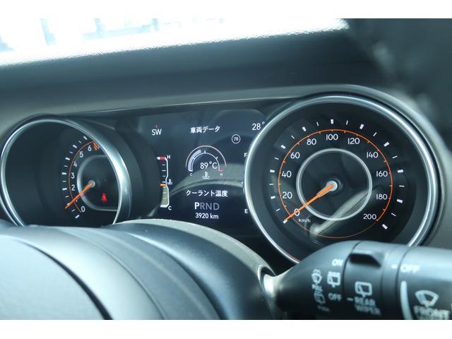 スポーツ 4WD RUBICONタイプFRバンパー ROUGHCOUNTRY3.5INリフトアップKIT FUEL17インチAW ジオランダー サイドロックスライダー 50INLEDバー 純正アップルプレイ(27枚目)