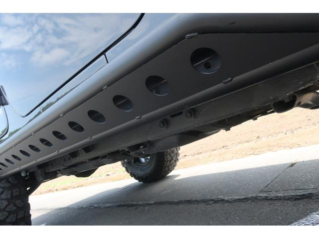 スポーツ 4WD RUBICONタイプFRバンパー ROUGHCOUNTRY3.5INリフトアップKIT FUEL17インチAW ジオランダー サイドロックスライダー 50INLEDバー 純正アップルプレイ(65枚目)