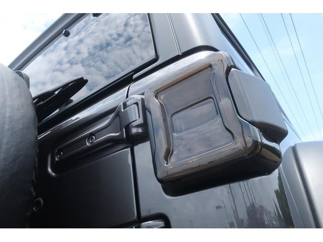 スポーツ 4WD RUBICONタイプFRバンパー ROUGHCOUNTRY3.5INリフトアップKIT FUEL17インチAW ジオランダー サイドロックスライダー 50INLEDバー 純正アップルプレイ(69枚目)