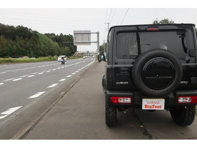 XC 4WD リフトアップ 新品16インチアルミ 新品オープンカントリーRTタイヤ 届出済未使用車 LEDライト レーンアシスト ダウンヒルアシスト クルーズコントロール シートヒーター オーディオレス(4枚目)