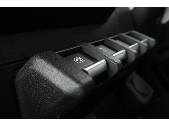 XC 4WD リフトアップ 新品16インチアルミ 新品オープンカントリーRTタイヤ 届出済未使用車 LEDライト レーンアシスト ダウンヒルアシスト クルーズコントロール シートヒーター オーディオレス(31枚目)