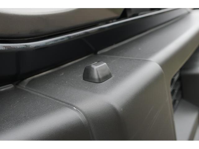 XC 4WD リフトアップ 新品16インチアルミ 新品オープンカントリーRTタイヤ 届出済未使用車 LEDライト レーンアシスト ダウンヒルアシスト クルーズコントロール シートヒーター オーディオレス(51枚目)