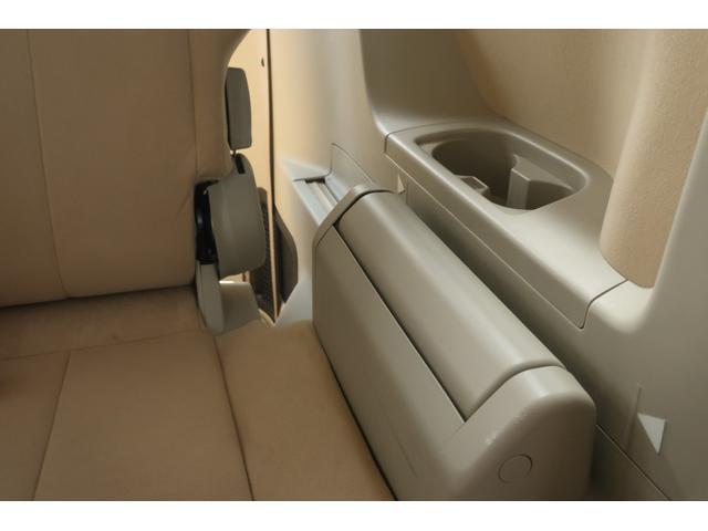 G プレミアム 4WD 社外16INアルミ BFグッドリッチ 純正大型フォグランプ ロックフォードサウンドシステム HDDナビ ETC HIDヘッドライト クルーズコントロール 両側電動スライドドア パワーバックドア(28枚目)
