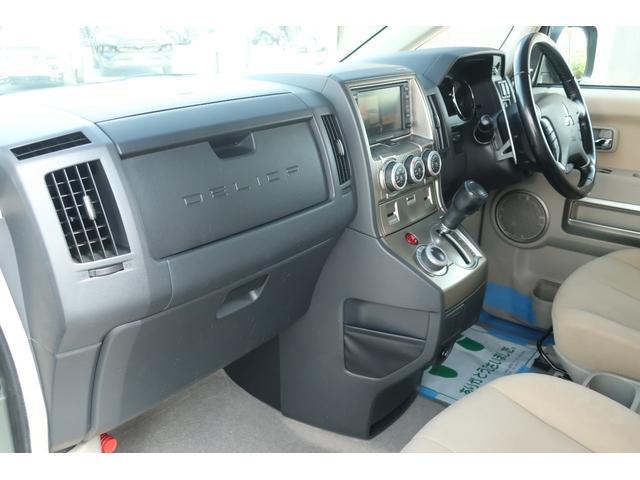 G プレミアム 4WD 社外16INアルミ BFグッドリッチ 純正大型フォグランプ ロックフォードサウンドシステム HDDナビ ETC HIDヘッドライト クルーズコントロール 両側電動スライドドア パワーバックドア(54枚目)