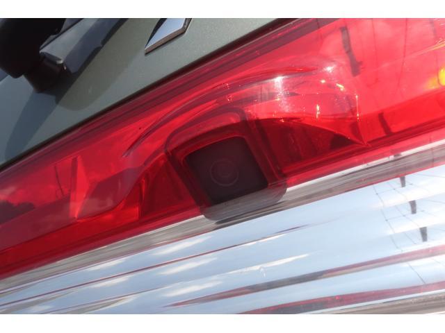 G プレミアム 4WD 社外16INアルミ BFグッドリッチ 純正大型フォグランプ ロックフォードサウンドシステム HDDナビ ETC HIDヘッドライト クルーズコントロール 両側電動スライドドア パワーバックドア(74枚目)